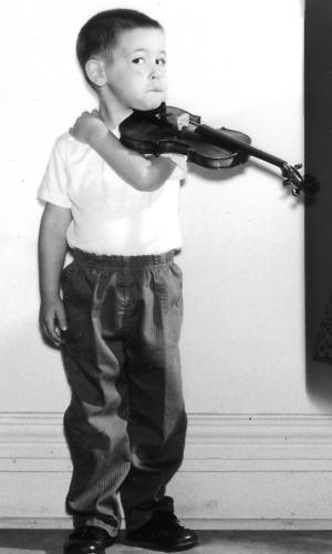 violinchinhold-1
